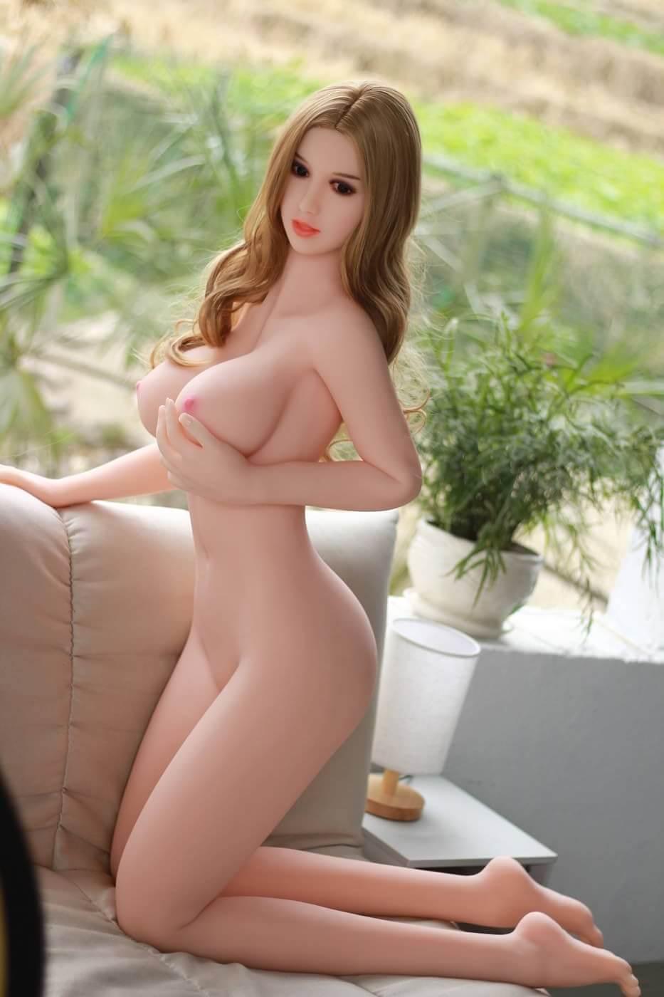 Muñeca japonesa de mierda riva