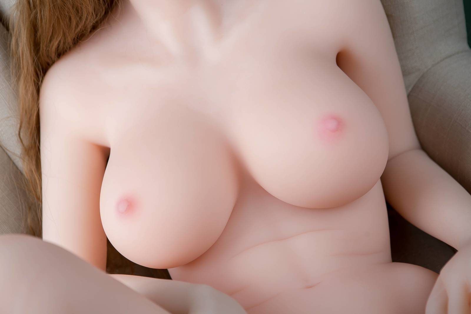 Sex Dolls Hollow Breasts and Solid Breasts Difference