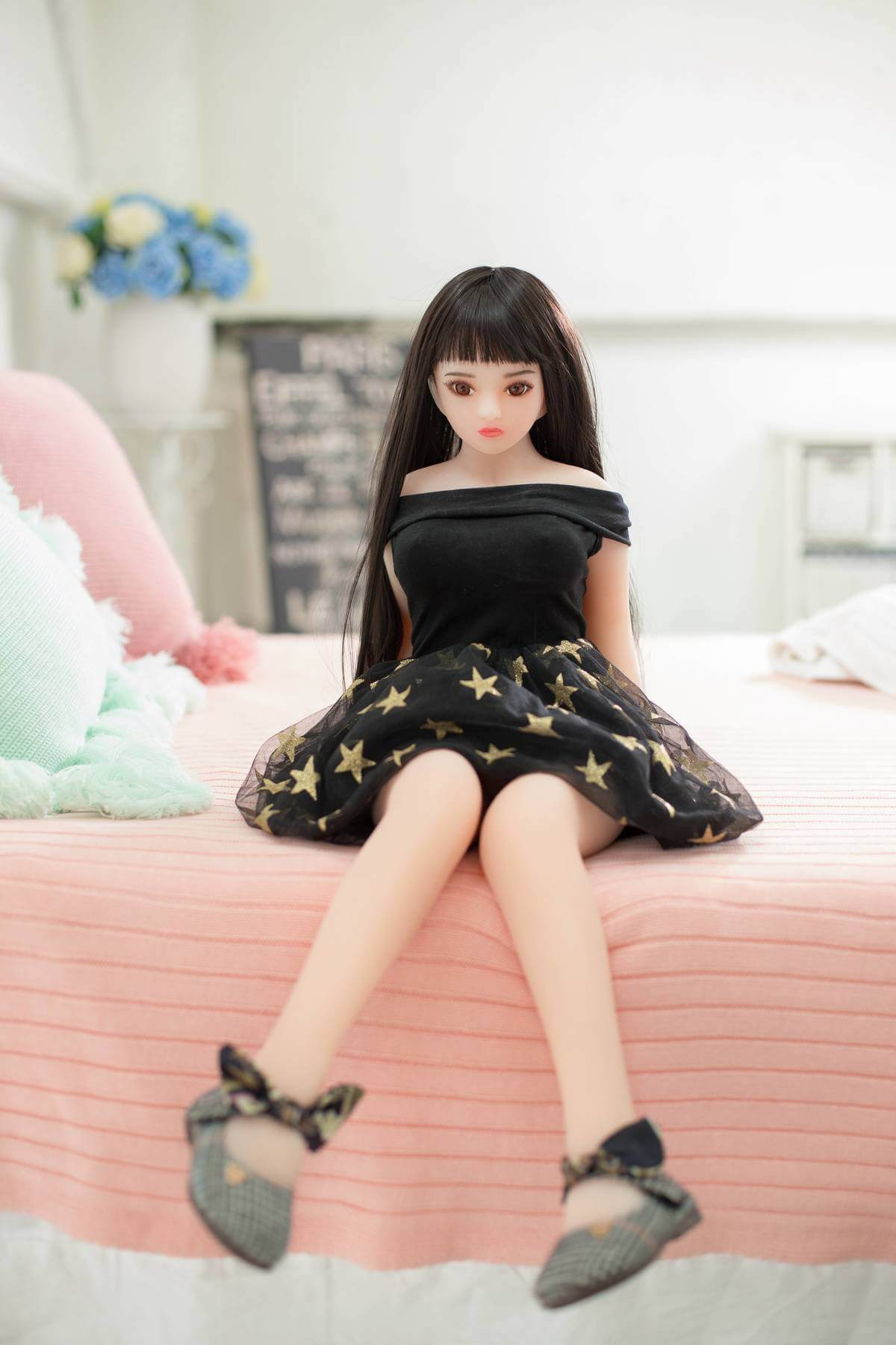 Smallest Love Doll - Michelle