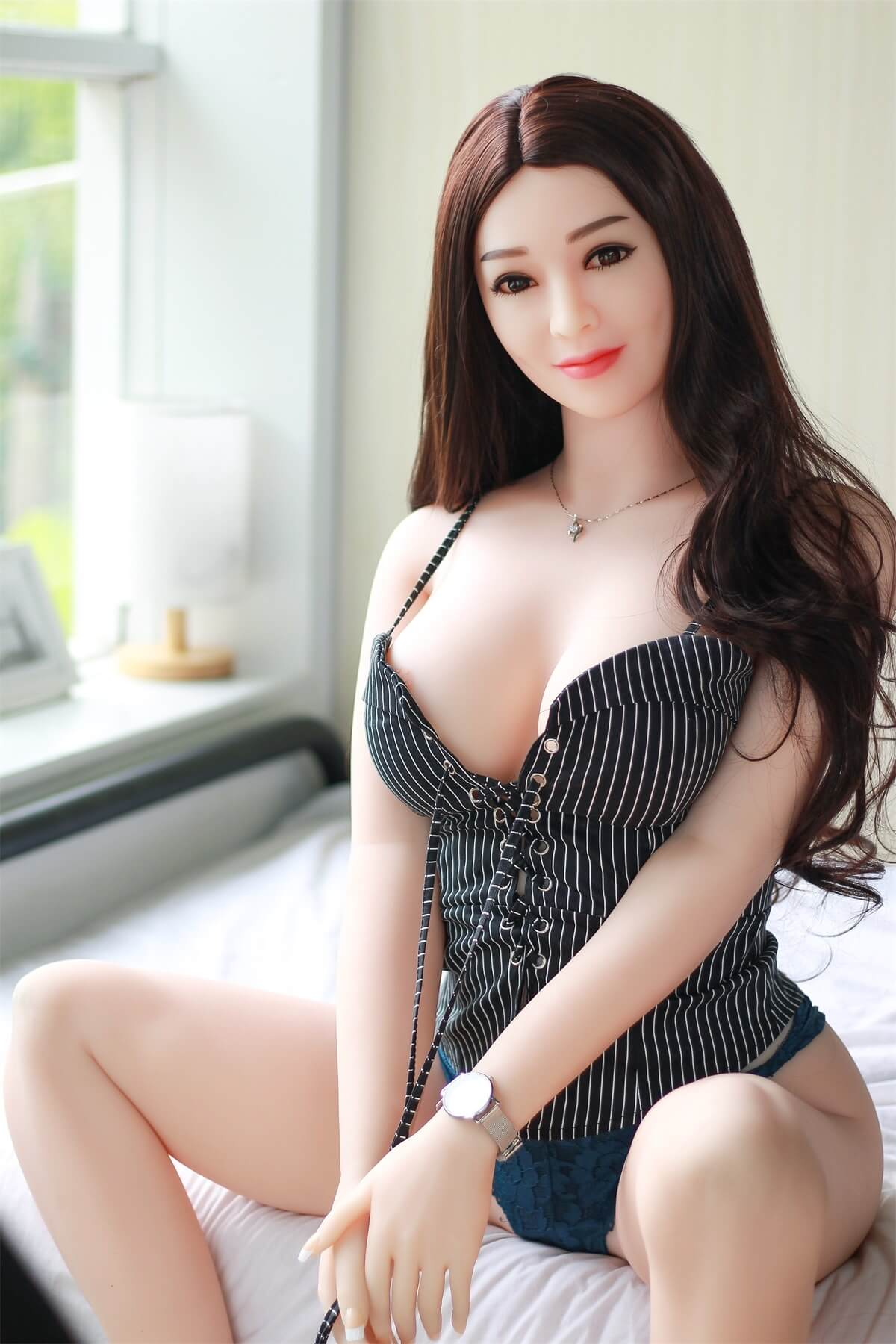Japanese Real SexDoll