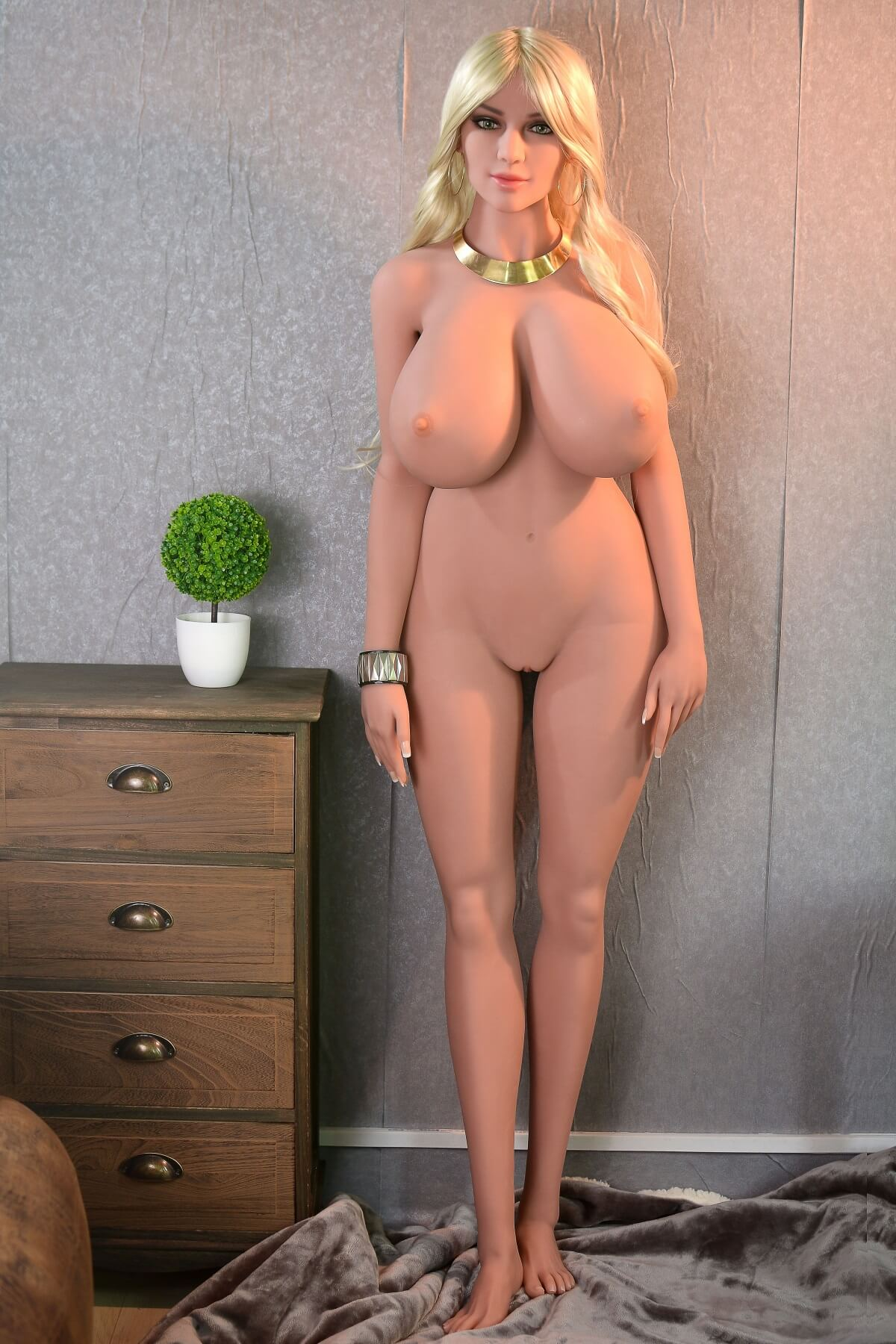 Blonde Big Breast Thick Sex Doll